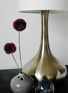 pom pom vase Weekend DIY | Flower Tutorials Roundup!