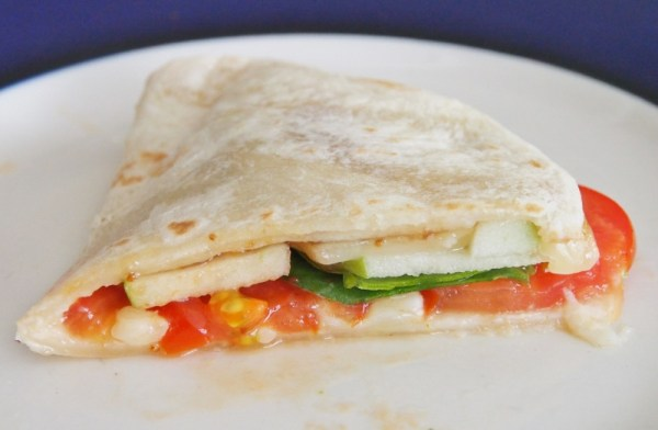 Tomato Spinach Apple Quesadilla | doomthings
