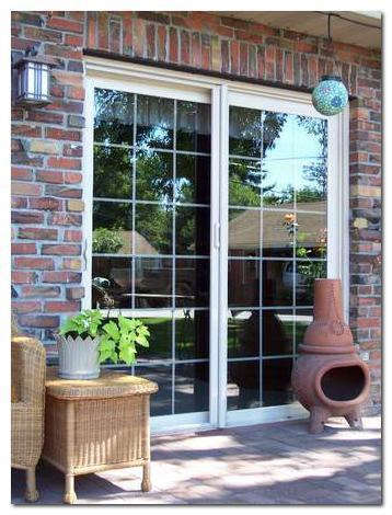 How to Choose the Best Blinds for Sliding Patio Doors in Toronto