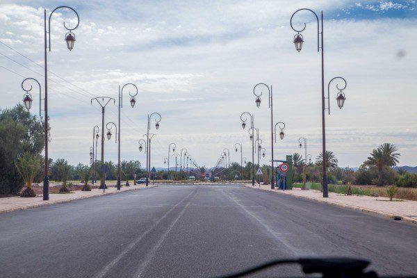 A fiação é subterrânea em várias cidades do Marrocos