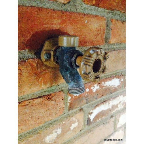 Medium Crop Of Outside Water Faucet