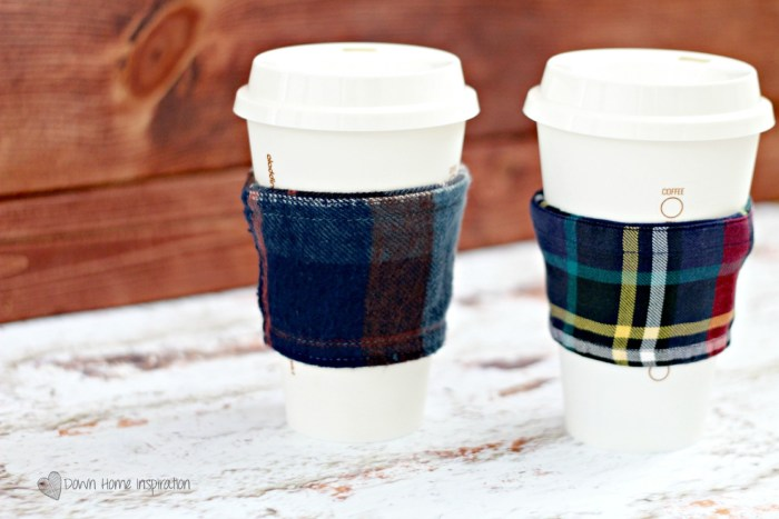 flannel-coffee-cozy-10