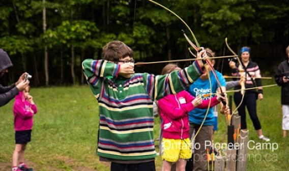 Ontario Pioneer Camp_ Family Weekend_Archery_HWMI_@DownshiftingPRO