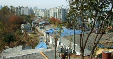 2 sides of Seoul