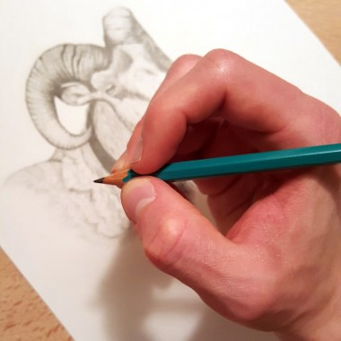 How-To-Hold-A-Pencil (1)