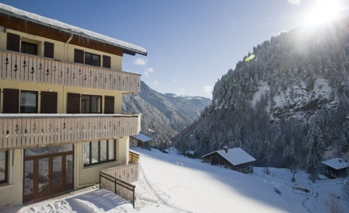 Chalet la giettaz in winter