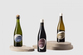 01-Natural-Wines-by-Pepe-Raventós-Branding-Packaging-Mucho-Spain-BPO