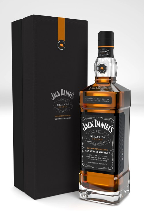 sinatra bottle and giftbox 003 525x787 Review: Jack Daniels Sinatra Select