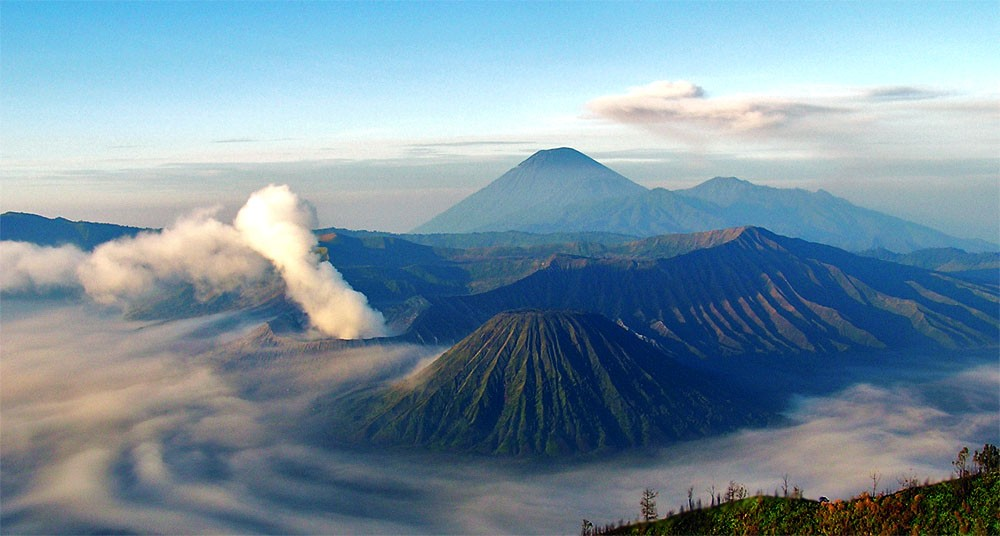 Mt Bromo, Java, Indonesia. Photo via Flickr Creative Commons by Riza Nugraha