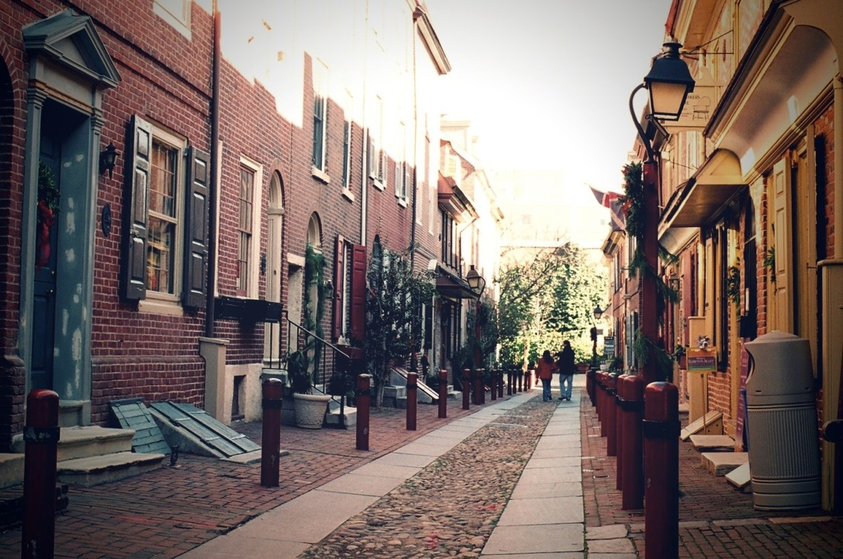 Elfreth's Alley, Philadelphia, PA. Photo by Kevin via Flickr CC