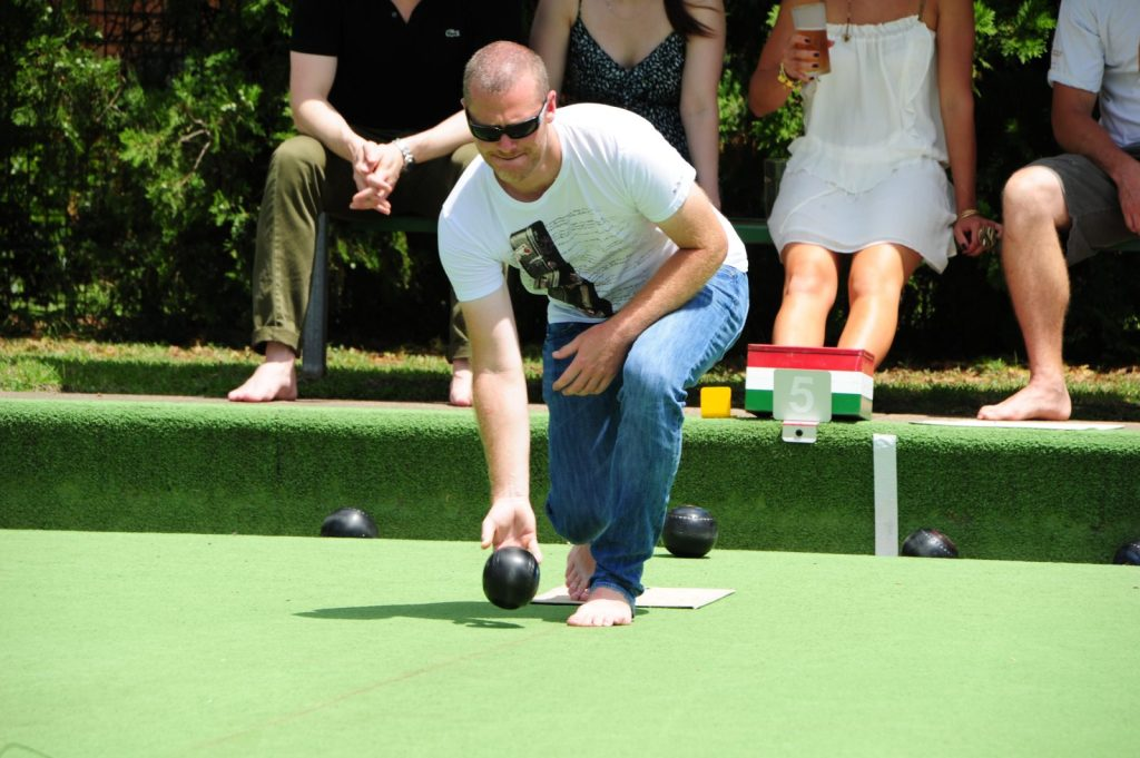 Australian Culture Experience #5: Barefoot Bowls