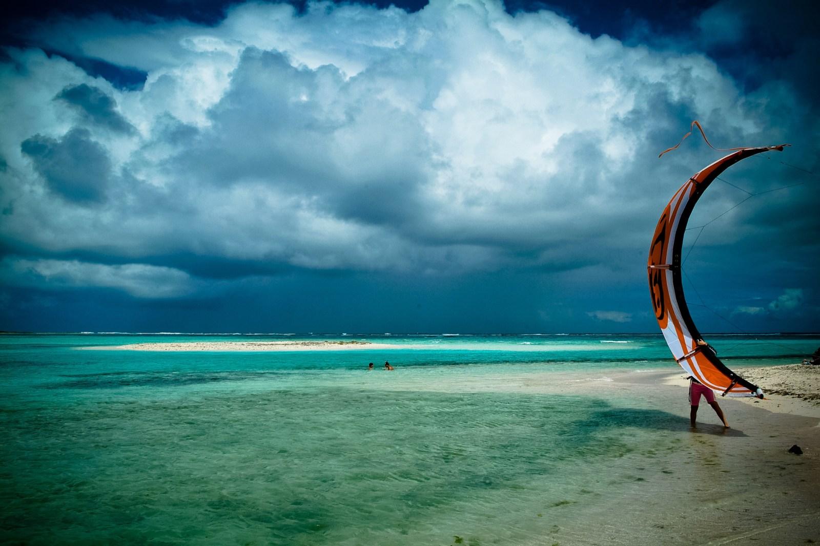 Kite @LosRoques ©lucaromanopix