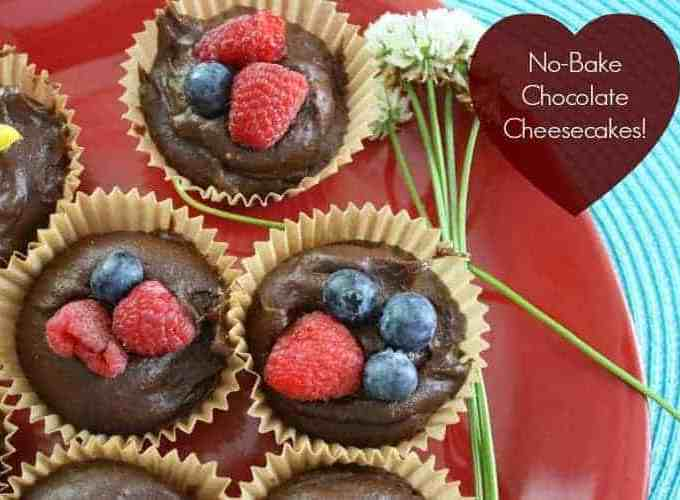 Mini No-Bake Chocolate Cheesecake for Mother's Day