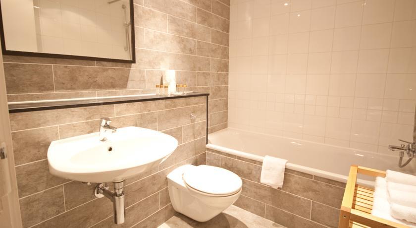 ifsc-dublin-city-apartments-46381688