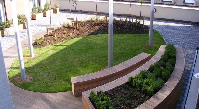 pavilion-view-42581768