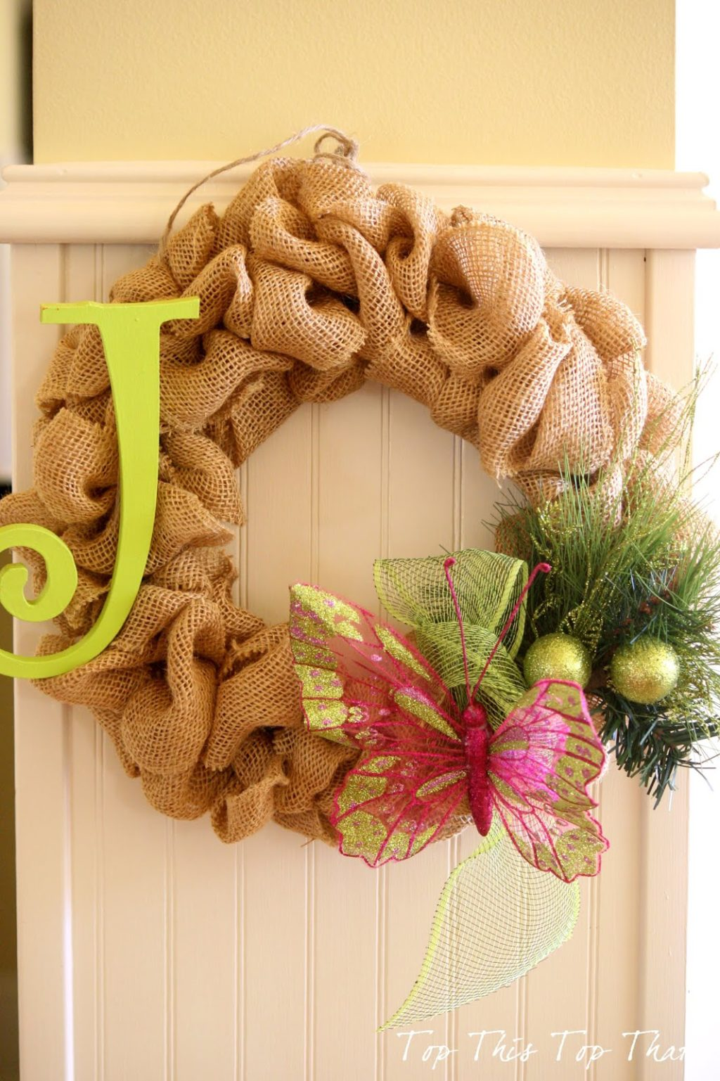The easiest burlap wreath you will ever make duke manor Burlap xmas wreath
