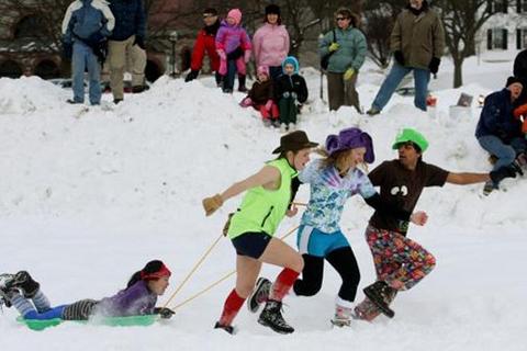 Lễ hội mùa đông Dartmouth, Anh