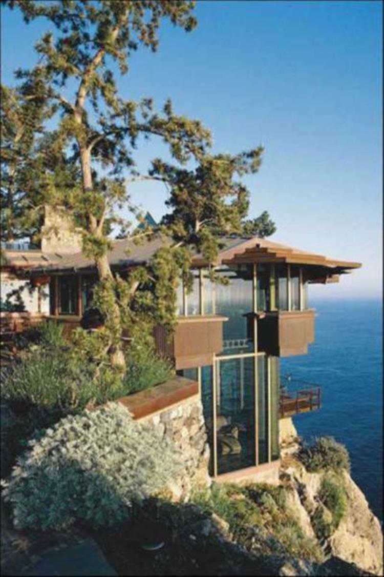 the cliffside retreat