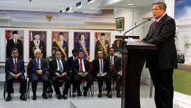 Presiden SBY saat mengumumkan terbitnya Perpres 95/2012 tentang Pembentukan Satuan Kerja Pelaksana Kegiatan Hulu Migas.