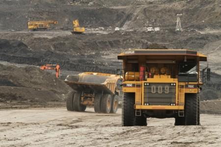 Aktivitas penambangan batubara BRAU di Kabupaten Berau, Kalimantan Timur.