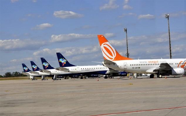 Empresas devolveram aviões e postergaram entregas para conseguir reduzir a frota em 2016 (Foto: Lana Torres/ G1 Campinas)