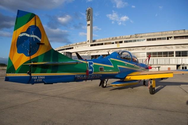 Pilotos começam a carreira com missões de defesa da fronteira (Foto: Eduardo Ferreira/UOL)