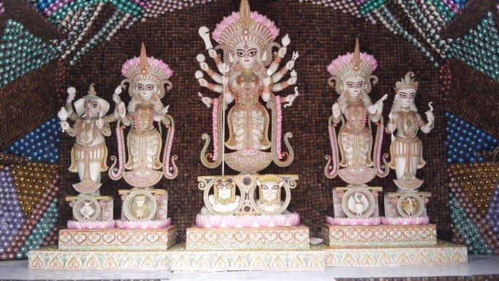 Maniktolla Chalatabagan Lohapatty Durga Puja