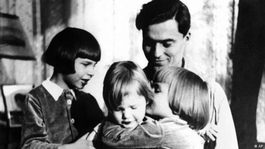 von Stauffenberg s djecom 1940. godine