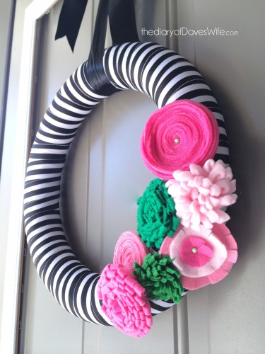 Preppy-Spring-Wreath-375x500