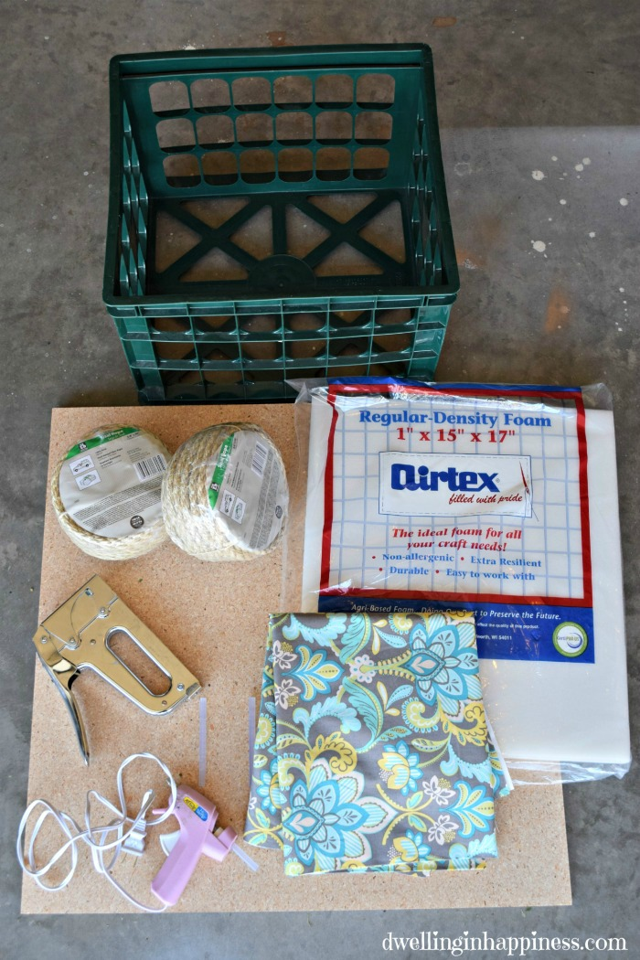 Diy sisal rope ottoman from a milk crate for Milk crate crafts