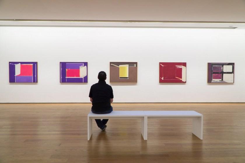 Vista de la sala de exposición, con obras de la serie Recortes do espazo (1975-1977) Foto: cortesía ©MARCO Vigo/Enrique Touriño