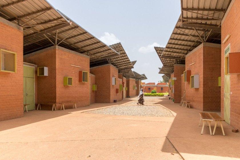 Centro quirúrgico y centro de salud, Léo, Burkina Faso (2012-2017) © Andrea Maretto