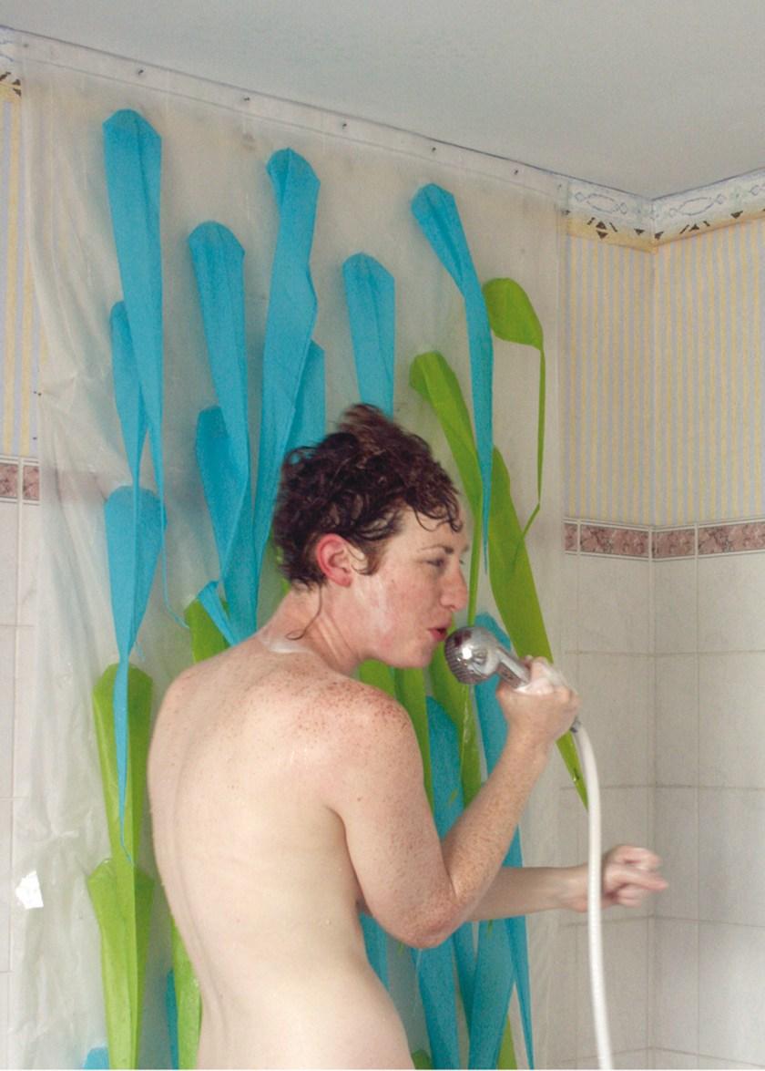 My shower curtain is an eco warrior (11) de Elisabeth Buecher