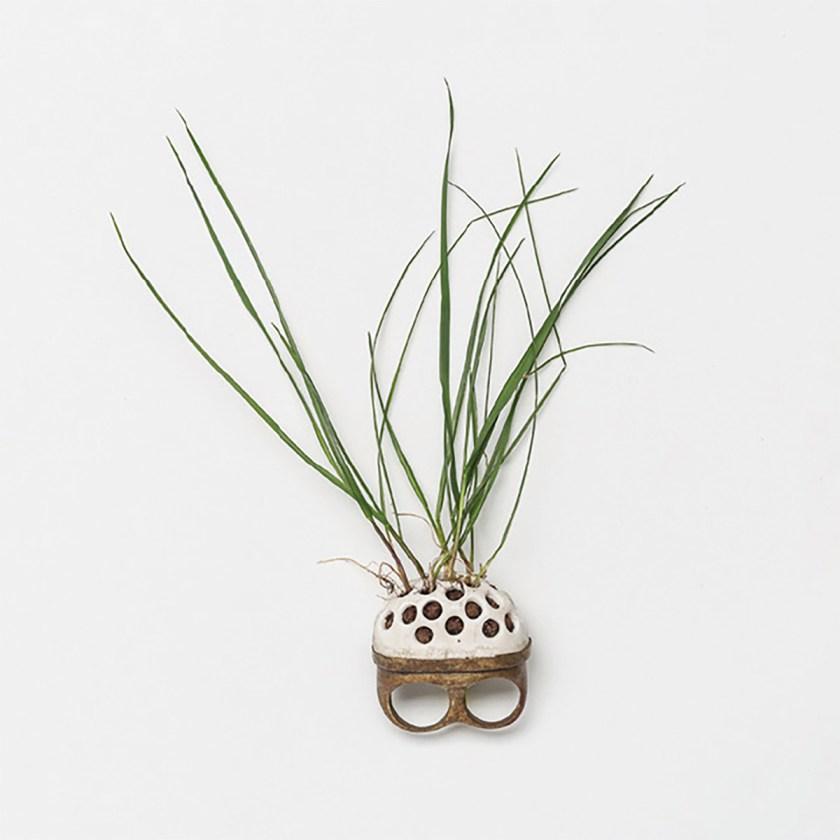 conexiones-entre-joyeria-y-ceramica-nuevas-formulas-de-colaboracion-entre-ceramistas-y-joyeros-02