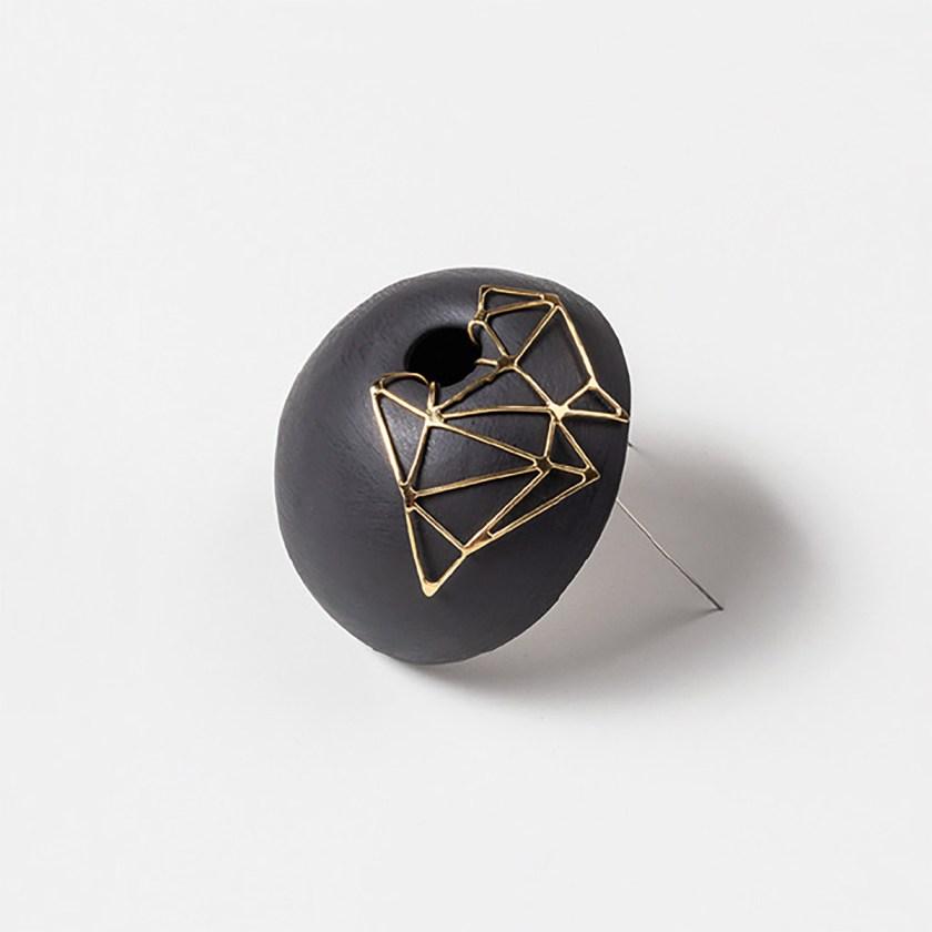 conexiones-entre-joyeria-y-ceramica-nuevas-formulas-de-colaboracion-entre-ceramistas-y-joyeros-10