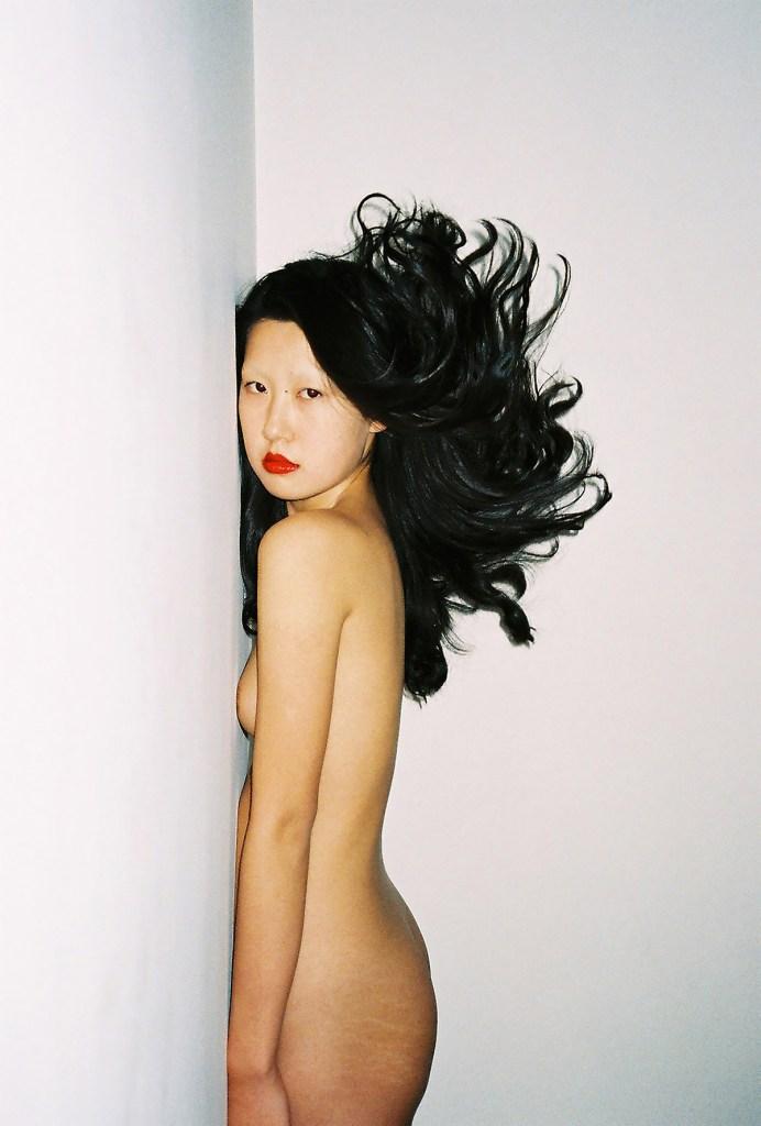 ren-hang-identidad-sexualidad-y-relacion-hombre-naturaleza-04