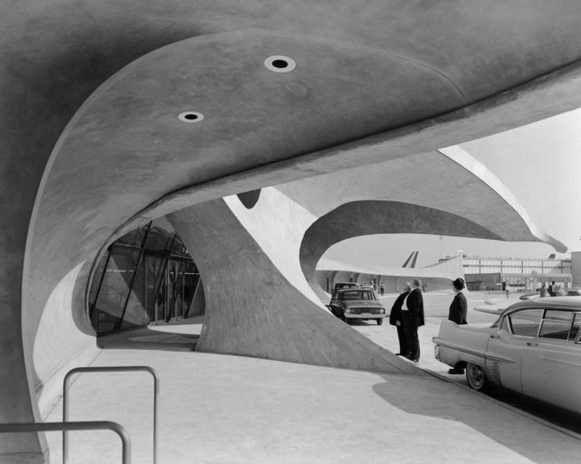 eero-saarinen-la-unica-arquitectura-que-me-interesa-es-la-arquitectura-como-arte-eso-es-lo-que-quiero-perseguir-01