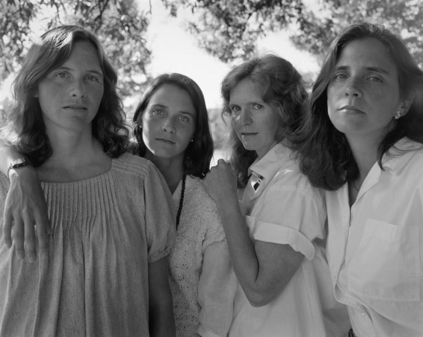 BROWN-SISTERS-Nicholas-Nixon-1985