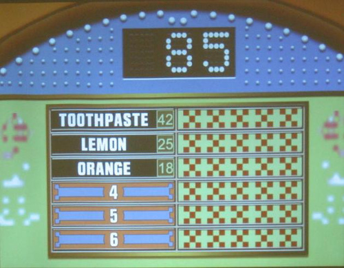 screen from tv game show Family Feud