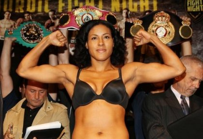 Braekhus renews contract with Team Sauerland; faces Mia St. John on April 13th