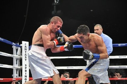 Josesito  Lopez Scores UD Win over Mighty Mike Arnaoutis
