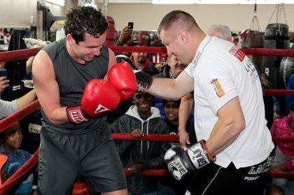 Adamek Spars  Fulop; Adamek vs. Glazkov undercard for this Saturday
