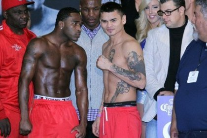 Weights: Broner 144.4, Maidana 146.2