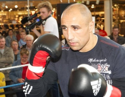 Do or die for Arthur Abraham against De Carolis on October 26