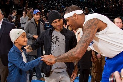 NYK 112512 015W Photos: Miguel Cotto at NY Knicks Game