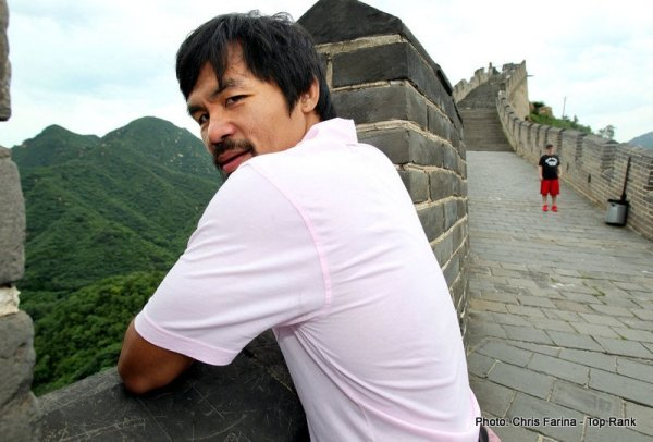 Pacquiao_Rios_GreatWall_130729_005a