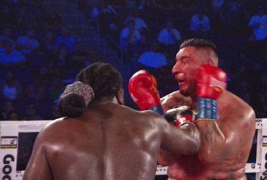 arreola43 Bermane Stiverne bests Chris Arreola