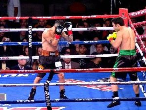 Chavez Jr. defeats Vera in robbery