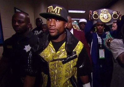 Mayweather Jr. vs. Saul Alvarez: Floyd Makes Another Smart Decision