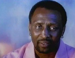 "Thomas ""The Hitman"" Hearns: ""Floyd Mayweather Jr. would have a lot of problems with a prime Hitman"""